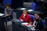 Bundeskanzlerin Angela Merkel (CDU) bei der Sitzung des Bundestag in Berlin. / 21112017,DEU,Deutschland,Berlin