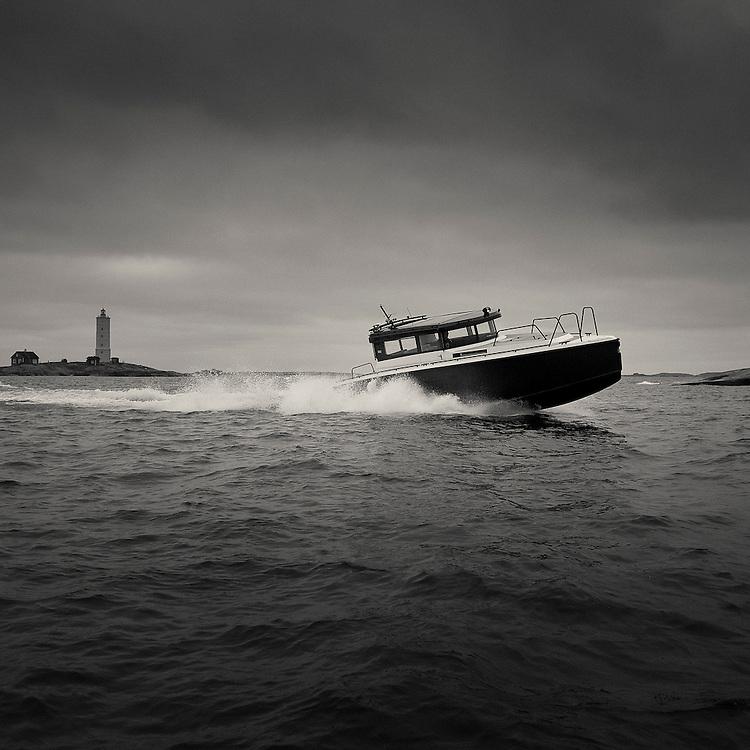XO Boats Brand Image.