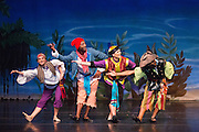 Bay Pointe Ballet performs Bruce Steivel's Peter Pan at the San Mateo Performing Arts Center in San Mateo, California, on November 2, 2014. (Stan Olszewski/SOSKIphoto)