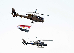 06.08.2014, Sueskanal, EGY, Sueskanal Kanal Erweiterung, im Bild Feierlichkieiten zur Sueskanal Erweiterung // Egyptian air force planes parade during the inauguration ceremony of the new Suez Canal, in Ismailia, Egypt, August 6, 2015. Egypt staged a show of international support on Thursday as it inaugurated a major extension of the Suez Canal which President Abdel Fattah al-Sisi hopes will power an economic turnaround in the Arab world's most populous country. Photo by Stringer, Egypt on 2014/08/06. EXPA Pictures © 2015, PhotoCredit: EXPA/ APAimages/ Stringer<br /> <br /> *****ATTENTION - for AUT, GER, SUI, ITA, POL, CRO, SRB only*****
