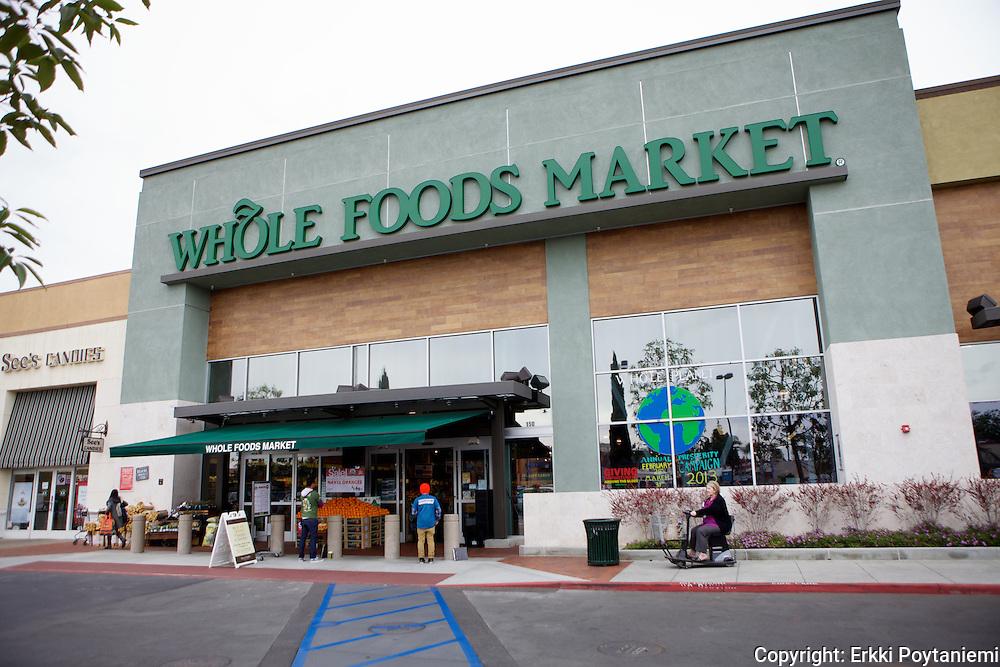 Whole Food Marketilla on noin 300 liikettä Pohjois-Amerikassa ja muutama Englannissa. Tässä Huntingtonin liikkeessä Los Angelisissa on myyntipinta-alaa noin 3000 neliömetriä eli se vastaa suurta supermarkettia.