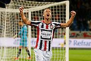 19-09-2015 VOETBAL:WILLEM II- FC UTRECHT:TILBURG<br /> <br /> Robbie Haemhouts van Willem II viert de 3-1<br /> <br /> Foto: Geert van Erven
