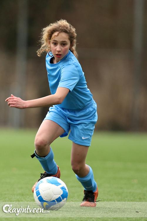 Image © 2009/2010, Kay in t Veen - kayintveen.com..Opening eerste meisjes voetbal school in Nederland.Top Talent Group.Top Talent Meisjesvoetbal.Amsterdam