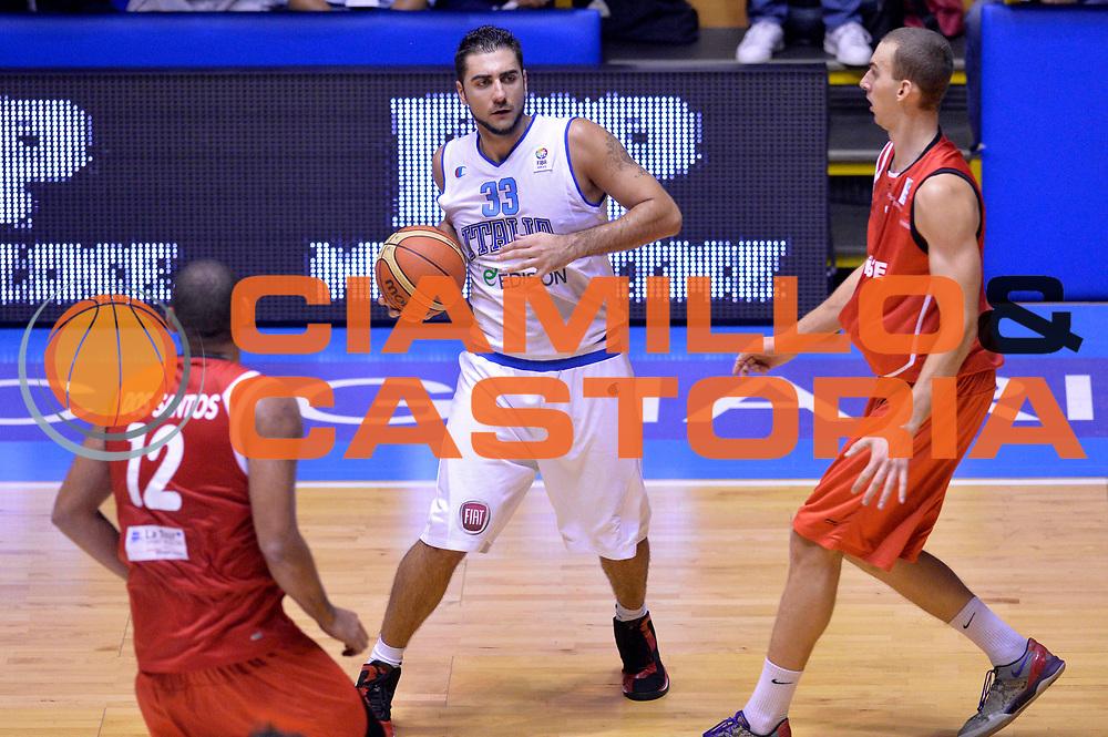 DESCRIZIONE : Cagliari Qualificazione Eurobasket 2015 Qualifying Round Eurobasket 2015 Italia Svizzera Italy Switzerland<br /> GIOCATORE : Pietro Aradori<br /> CATEGORIA : Palleggio<br /> EVENTO : Cagliari Qualificazione Eurobasket 2015 Qualifying Round Eurobasket 2015 Italia Svizzera Italy Switzerland<br /> GARA : Italia Svizzera Italy Switzerland<br /> DATA : 17/08/2014<br /> SPORT : Pallacanestro<br /> AUTORE : Agenzia Ciamillo-Castoria/GiulioCiamillo<br /> Galleria: Fip Nazionali 2014<br /> Fotonotizia: Cagliari Qualificazione Eurobasket 2015 Qualifying Round Eurobasket 2015 Italia Svizzera Italy Switzerland<br /> Predefinita :