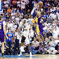 BASKET BALL - PLAYOFFS NBA 2008/2009 - LOS ANGELES LAKERS V ORLANDO MAGIC - GAME 3 -  ORLANDO (USA) - 09/06/2009 - PHOTO : CHRIS ELISE<br /> KOBE BRYANT (LAKERS), MICKAEL PIETRUS (MAGIC)