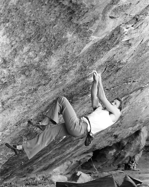 Cody sending Double Boiler (V8) at Hueco before the closures