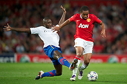 27.09.2011, Old Trafford, London, ENG, UEFA CL, Gruppe C, Manchester United (ENG) vs FC Basel (SUI), im Bild Manchester United's Anderson in action against FC Basel 1893's Cabral // during the UEFA Champions League game, group C, Manchester United (ENG) vs FC Basel (SUI) at Old Trafford stadium in London, United Kingdom on 2011/09/27. EXPA Pictures © 2011, PhotoCredit: EXPA/ Propaganda Photo/ David Rawcliff +++++ ATTENTION - OUT OF ENGLAND/GBR+++++