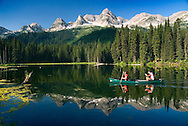 Fernie, British Columbia, Canada, July 2008. Canoeing on Island Lake. The Island Lake Lodge is a luxury log cabin style accomodation in Island Lake Provincial park, surrounded by a spectacular mountain view. A road trip of 14 days by car takes us to the hightlights of Western Canadian cultulture, nature and history. Photo by Frits Meyst/Adventure4ever.com