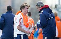 ROTTERDAM -  Ben Stevenson with fysio.    Practice Match Hockey : Netherlands Boys U18  v England U18 .  COPYRIGHT KOEN SUYK