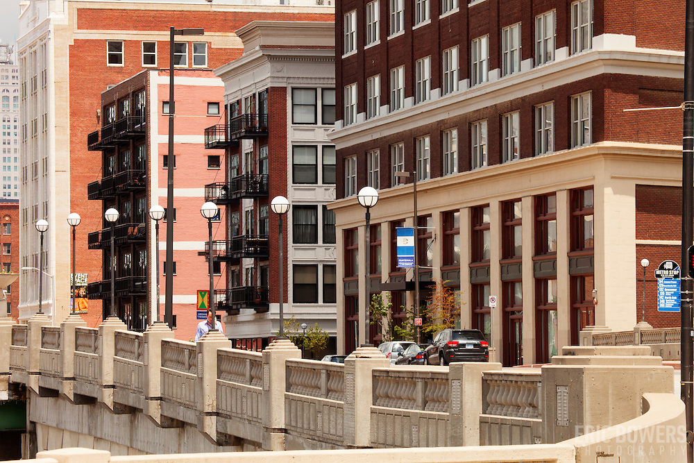 Buildings and streetscape along Grand Avenue in daytime, downtown Kansas City, Missouri.