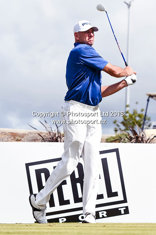 Peter Fowler (NSW) tees off on the 1st hole.<br /> NZ Rebel Sports Masters, Wainui Golf Club, Wainui, Auckland, New Zealand. 14 January 2018. &copy; Copyright Image: Marc Shannon / www.photosport.nz.