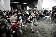 Punks in the mosh pit, Vans Warped Tour, USA touring punk rock music festival, Bicentennial park, Miami, Florida, USA. 24th June 06