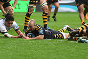 Wasps scrum half Dan Robson (9)scores a try during the Gallagher Premiership Rugby match between Wasps and London Irish at the Ricoh Arena, Coventry, England on 20 October 2019.