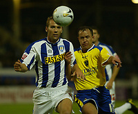 Fotball<br /> England 2005/2006<br /> Foto: SBI/Digitalsport<br /> NORWAY ONLY<br /> <br /> Colchester United v Cardiff City. Carling Cup.<br /> 24/08/2005.<br /> Sam Stockley of Colchesterand Kevin Cooper of Cardiff battle it out