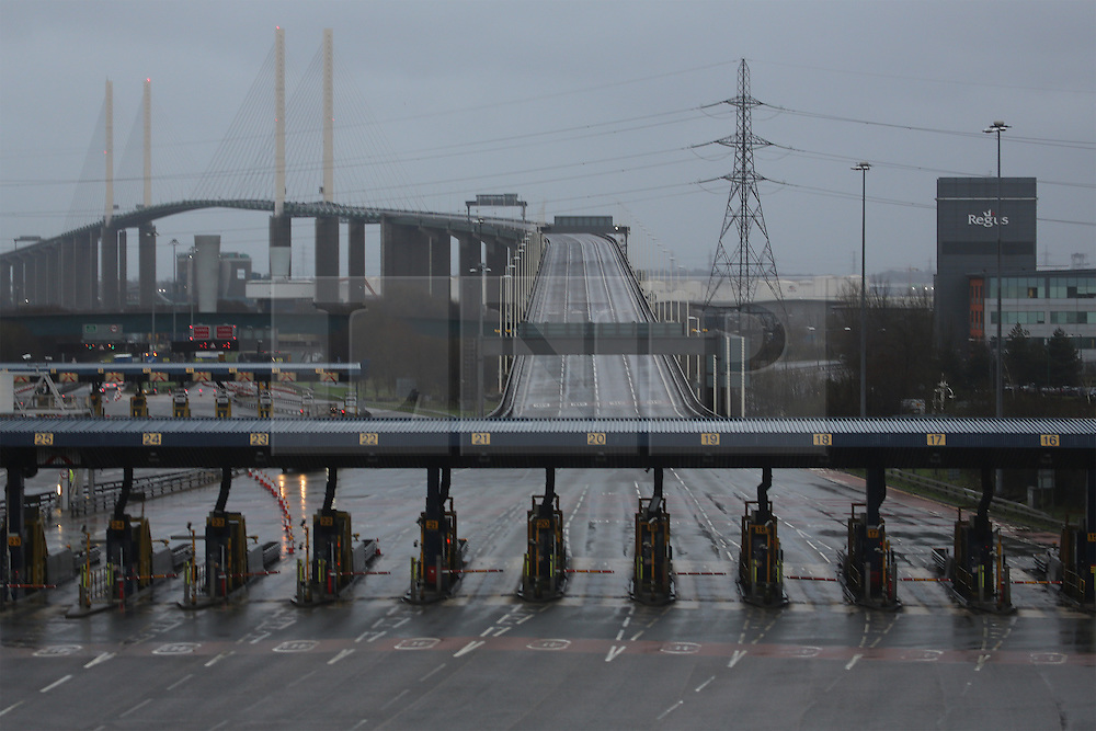 © Licensed to London News Pictures. 01/01/2014. The Dartford Bridge has been shut again as the south east sees the return of wind and rain at the beginning of 2014. Credit : Rob Powell/LNP