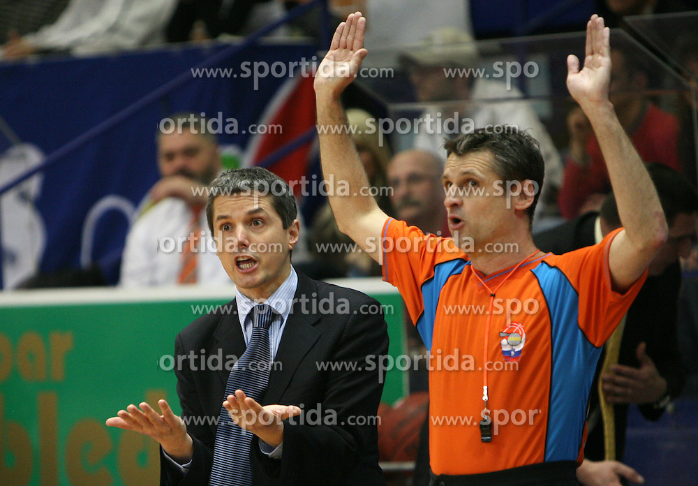 Coach Zoran Martic of Helios and referee at 7th round of Slovenian basketball Championship at UPC Telemach league between Helios Domzale vs Union Olimpija, on April 16, 2008, in Sports Arena in Domzale. Olimpija won the match 93:76. (Photo by Vid Ponikvar / Sportal Images)