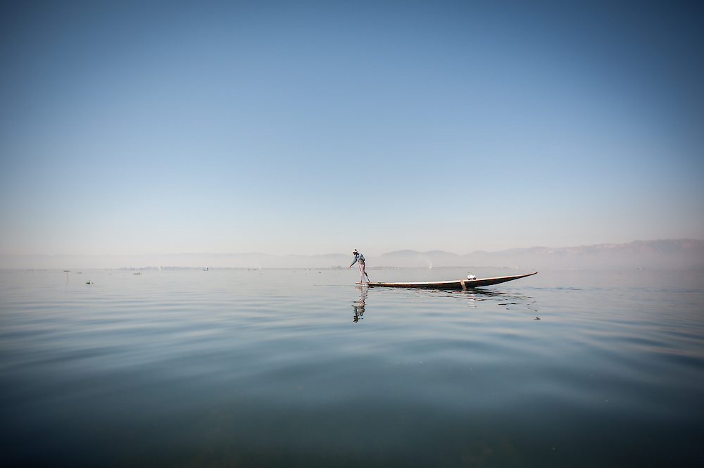 Fishing boat in Inle Lake (Myanmar)