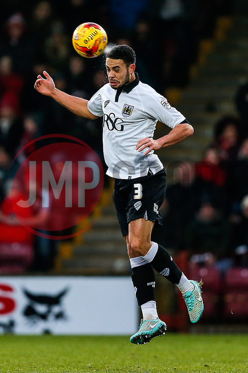 Derrick Williams of Bristol City heads the ball - Photo mandatory by-line: Rogan Thomson/JMP - 07966 386802 - 17/01/2015 - SPORT - FOOTBALL - Scunthorpe, England - Glanford Park - Scunthorpe United v Bristol City - Sky Bet League 1.