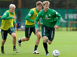 09.08.2011, Trainingsgelaende, Bremen, GER, 1.FBL, Training Werder Bremen, im Bild .Clemens Schoppenhauer (Bremen #38) Sebastian Prödl / Proedl (Bremen #15) Per Mertesacker (Bremen #29).// during training session from Werder Bremen on 2011/08/09, Trainingsgelaende Werder Bremen, Bremen, Germany. ..EXPA Pictures © 2011, PhotoCredit: EXPA/ nph/  Gumz       ****** out of GER / CRO  / BEL ******