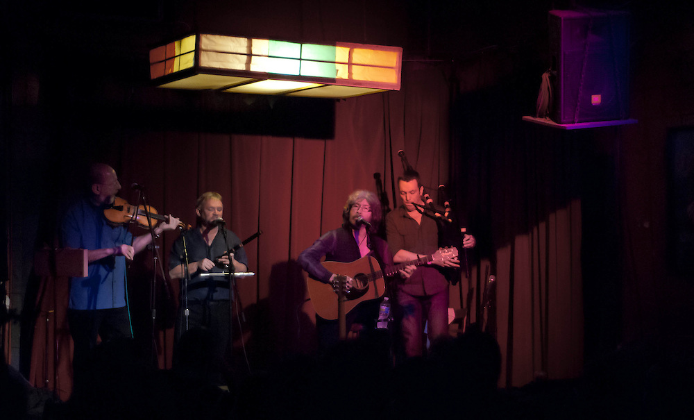 Tannahill Weavers at the Red Light Cafe