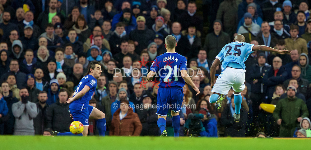 MANCHESTER, ENGLAND - Wednesday, January 27, 2016: Manchester City's Fernando Luiz Roza 'Fernandinho' scores the first goal against Everton with a deflection from Leighton Baines during the Football League Cup Semi-Final 2nd Leg match at the City of Manchester Stadium. (Pic by David Rawcliffe/Propaganda)