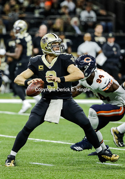 Oct 29, 2017; New Orleans, LA, USA; New Orleans Saints quarterback Drew Brees (9) throws against the Chicago Bears during the second half of a game at the Mercedes-Benz Superdome. The Saints defeated the Bears 20-12. Mandatory Credit: Derick E. Hingle-USA TODAY Sports