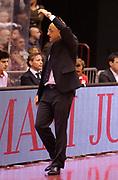 DESCRIZIONE : Milano Lega A 2012-13 EA7 Olimpia Armani Jeans Milano Cimberio Varese<br /> GIOCATORE : Coach Francesco Vitucci<br /> SQUADRA : Cimberio Varese<br /> EVENTO : Campionato Lega A 2012-2013<br /> GARA :  EA7 Olimpia Armani Jeans Milano Cimberio Varese<br /> DATA : 23/12/2012<br /> CATEGORIA : Coach Fair Play<br /> SPORT : Pallacanestro<br /> AUTORE : Agenzia Ciamillo-Castoria/A.Giberti<br /> Galleria : Lega Basket A 2012-2013<br /> Fotonotizia : Milano Lega A 2012-13 EA7 Olimpia Armani Jeans Milano Cimberio Varese<br /> Predefinita :