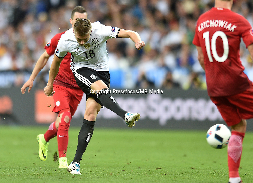 2016.06.16 Saint-Denis<br /> Pilka nozna Euro 2016<br /> mecz grupy C Polska - Niemcy<br /> N/z Toni Kroos<br /> Foto Lukasz Laskowski / PressFocus<br /> <br /> 2016.06.16 Saint-Denis<br /> Football UEFA Euro 2016 group C game between Poland and Germany<br /> Toni Kroos<br /> Credit: Lukasz Laskowski / PressFocus