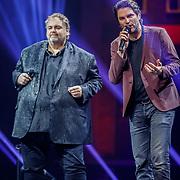 NLD/Amsterdam/20180414 - Holland Zingt Hazes 2018, Peter Beense en Xander de Buisonje