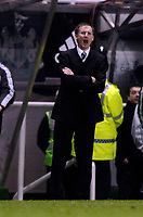 Photo: Jed Wee/Sportsbeat Images.<br /> Newcastle United v AZ Alkmaar. UEFA Cup. 08/03/2007.<br /> <br /> Newcastle manager Glenn Roeder shouts orders to his team.