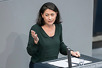08 NOV 2018, BERLIN/GERMANY:<br /> Filiz Polat, MdB, B90/Gruene, haelt eine Rede, Bundestagsdebatte zum sog. Global Compact fuer Migration, Plenum, Deutscher Bundestag<br /> IMAGE: 20181108-01-045<br /> KEYWORDS: Sitzung