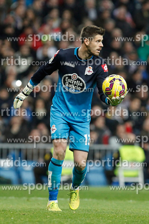 14.02.2015, Estadio Santiago Bernabeu, Madrid, ESP, Primera Division, Real Madrid vs Deportivo La Coruna, 23. Runde, im Bild Deportivo de la Courna&acute;s goalkeeper Fabricio // during the Spanish Primera Division 23rd round match between Real Madrid vs Deportivo La Coruna at the Estadio Santiago Bernabeu in Madrid, Spain on 2015/02/14. EXPA Pictures &copy; 2015, PhotoCredit: EXPA/ Alterphotos/ Victor Blanco<br /> <br /> *****ATTENTION - OUT of ESP, SUI*****