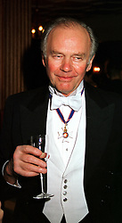 Author PHILIP ZIEGLER at a reception in London on 10th November 1999.MYZ 12