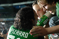 25.09.2011, Weser Stadion, Bremen, GER, 1.FBL, Werder Bremen vs Hertha BSC, im Bild.Matchwinner Claudio Pizarro (Bremen #24) nach dem Spiel bei den Fans.// during the Match GER, 1.FBL, Werder Bremen vs Hertha BSC on 2011/09/25,  Weser Stadion, Bremen, Germany..EXPA Pictures © 2011, PhotoCredit: EXPA/ nph/  Gumz       ****** out of GER / CRO  / BEL ******