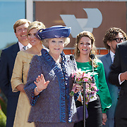 NLD/Veenendaal/20120430 - Koninginnedag 2012 Veenendaal, koninging Beatrix, Willem-Alexander, Maxima
