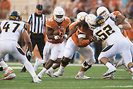AUSTIN, TX - SEPTEMBER 19:  Johnathan Gray #32 of the Texas Longhorns breaks free against the California Golden Bears on September 19, 2015 at Darrell K Royal-Texas Memorial Stadium in Austin, Texas.  (Photo by Cooper Neill/Getty Images) *** Local Caption *** Johnathan Gray