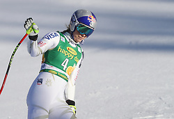 03.12.2017, Lake Louise, CAN, FIS Weltcup Ski Alpin, Lake Louise, Super G, Damen, im Bild Lindsey Vonn (USA) // Lindsey Vonn of the USA reacts after the ladie's Super G of FIS Ski Alpine World Cup in Lake Louise, Canada on 2017/12/03. EXPA Pictures © 2017, PhotoCredit: EXPA/ SM<br /> <br /> *****ATTENTION - OUT of GER*****