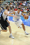 DESCRIZIONE : Bologna Raduno Collegiale Nazionale Maschile Italia Giba All Star<br /> GIOCATORE : Andrea Cinciarini<br /> SQUADRA : Nazionale Italia Uomini<br /> EVENTO : Raduno Collegiale Nazionale Maschile<br /> GARA : Italia Giba All Star<br /> DATA : 04/06/2009<br /> CATEGORIA : palleggio<br /> SPORT : Pallacanestro<br /> AUTORE : Agenzia Ciamillo-Castoria/M.Minarelli