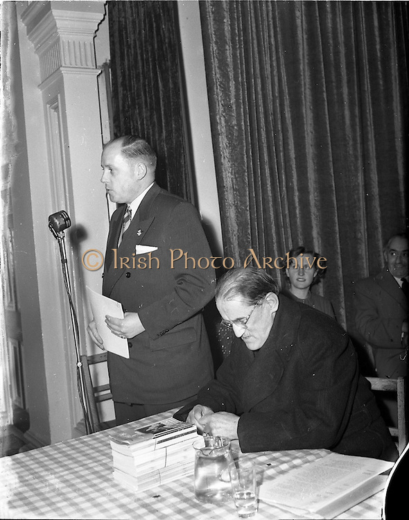 21/11/1952<br /> 11/21/1952<br /> 21 November 1952<br /> Meeting of Shelbourne Football supporters club at the Catholic  Commercial Club, O'Connell Street, Dublin.