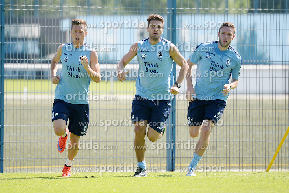 02.07.2015, Gruenwalder Strasse 114, Muenchen, GER, 2. FBL, TSV 1860 Muenchen, im Bild vl. Krisztian Simon ( TSV 1860 Muenchen ), Valdet Rama ( TSV 1860 Muenchen) und Dominik Stahl ( TSV 1860 Muenchen ) // during a Training session of German 2nd Bundesliga Club TSV 1860 Munich at the Gruenwalder Strasse 114 in Muenchen, Germany on 2015/07/02. EXPA Pictures &copy; 2015, PhotoCredit: EXPA/ Eibner-Pressefoto/ Vallejos<br /> <br /> *****ATTENTION - OUT of GER*****