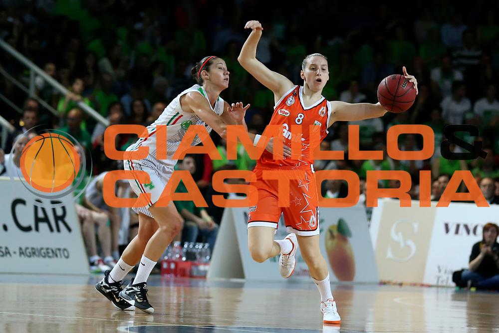 DESCRIZIONE : Ragusa Lega Basket Femminile A1 2014-15 Finale scudetto gara 4 Passalacqua Ragusa Famila Wuber Schio<br /> GIOCATORE : Laura Spreafico <br /> SQUADRA : Famila Wuber Schio<br /> EVENTO : Lega Basket Femminile Finale scudetto gara 4<br /> GARA : Passalacqua Ragusa Famila Wuber Schio<br /> DATA : 01/05/2015<br /> CATEGORIA : <br /> SPORT : Pallacanestro <br /> AUTORE : Agenzia Ciamillo-Castoria/ElioCastoria<br /> Galleria : Lega Basket Femminile 2014-2015 <br /> Fotonotizia : Ragusa Lega Basket Femminile A1 2014-15 Finale scudetto gara 4 Passalacqua Ragusa Famila Wuber Schio<br /> Predefinita :