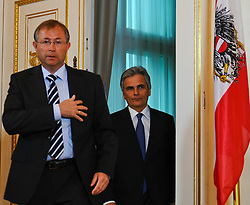 13.04.2011, Bundeskanzleramt, Wien, AUT, Stellungnahme Bundeskanzler wegen Rücktritt Josef Proells, im Bild Werner Faymann betritt Kongresssaal// during Press Conference about recession of minister of finance Josef Proell, AUT, Vienna, Federal Chancellery, 04-13-2011,  EXPA Pictures © 2011, PhotoCredit: EXPA/ M. Gruber