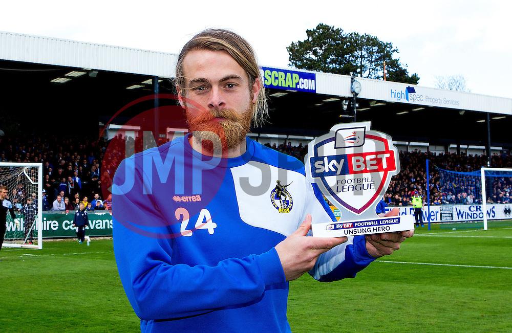 Stuart Sinclair of Bristol Rovers receives his Football League Unsung Hero Award - Photo mandatory by-line: Robbie Stephenson/JMP - 16/04/2016 - BASKETBALL - SGS Wise Arena - Bristol, England - Bristol Flyers v London Lions - British Basketball League