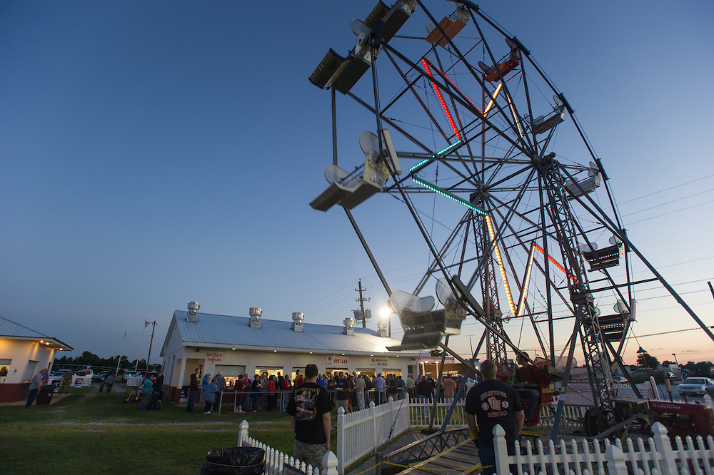 Evening shot of ferris wheel at the Sharptown,Maryland Firemans Carnival