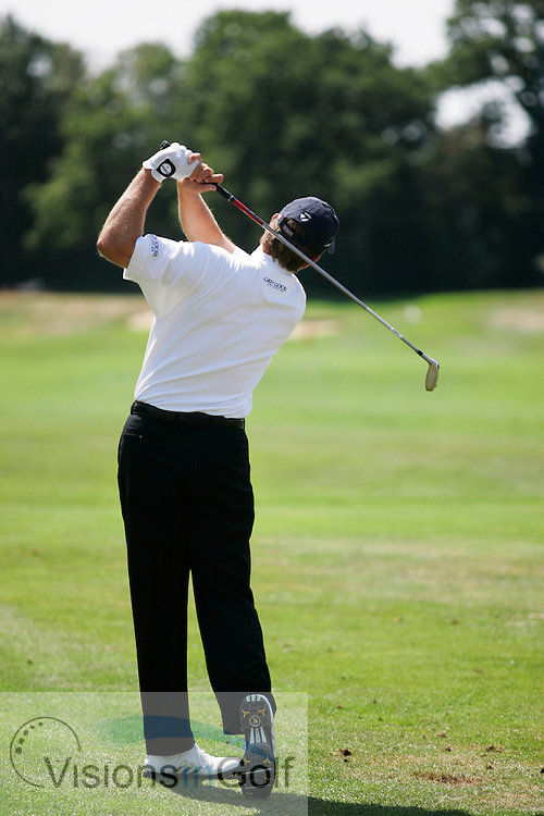 Retief Goosen down the line swing sequence at Wentworth GC on the 23rd June 2005<br /><br />Photo: Mark Newcombe / visionsingolf.com
