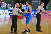 DESCRIZIONE : Firenze I&deg; Torneo Nelson Mandela Forum Italia Bulgaria<br /> GIOCATORE : Marco Mordente<br /> SQUADRA : Nazionale Italia Uomini <br /> EVENTO : I&deg; Torneo Nelson Mandela Forum <br /> GARA : Italia Bulgaria<br /> DATA : 18/07/2010 <br /> CATEGORIA : Fair Play<br /> SPORT : Pallacanestro <br /> AUTORE : Agenzia Ciamillo-Castoria/M.Gregolin<br /> Galleria : Fip Nazionali 2010 <br /> Fotonotizia : Firenze I&deg; Torneo Nelson Mandela Forum Italia Bulgaria<br /> Predefinita :