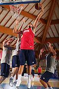 DESCRIZIONE : Bormio Raduno Collegiale Nazionale Maschile Allenamento <br /> GIOCATORE : Stefano Mancinelli <br /> SQUADRA : Nazionale Italia Uomini <br /> EVENTO : Raduno Collegiale Nazionale Maschile <br /> GARA : <br /> DATA : 28/07/2008 <br /> CATEGORIA : Tiro <br /> SPORT : Pallacanestro <br /> AUTORE : Agenzia Ciamillo-Castoria/S.Silvestri <br /> Galleria : Fip Nazionali 2008 <br /> Fotonotizia : Bormio Raduno Collegiale Nazionale Maschile Allenamento <br /> Predefinita :