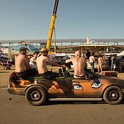 05.06.2015, Opel-Treffen Oschersleben, Sachsen-Anhalt.<br />Autokorso der feiernden Opelaner.<br /><br />&copy;Harald Krieg/Agentur Focus
