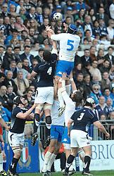 27.02.2010, Stadio Flaminio, Rom, RBS 6 Nations Rugby Championship, Italien vs Schottland, im Bild Touche Marco Bortolami (Italia), EXPA Pictures © 2010, PhotoCredit: EXPA/ InsideFoto/ Antonietta Baldassarre / for Slovenia SPORTIDA PHOTO AGENCY.