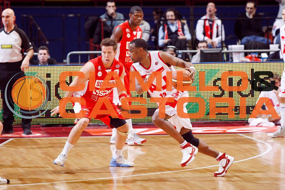 DESCRIZIONE : Milano Lega A1 2007-08 Armani Jeans Milano Scavolini Spar Pesaro<br /> GIOCATORE : Melvin Booker<br /> SQUADRA : Armani Jeans Milano<br /> EVENTO : Campionato Lega A1 2007-2008<br /> GARA : Armani Jeans Milano Scavolini Spar Pesaro<br /> DATA : 27/01/2008<br /> CATEGORIA : Palleggio<br /> SPORT : Pallacanestro<br /> AUTORE : Agenzia Ciamillo-Castoria/G.Cottini